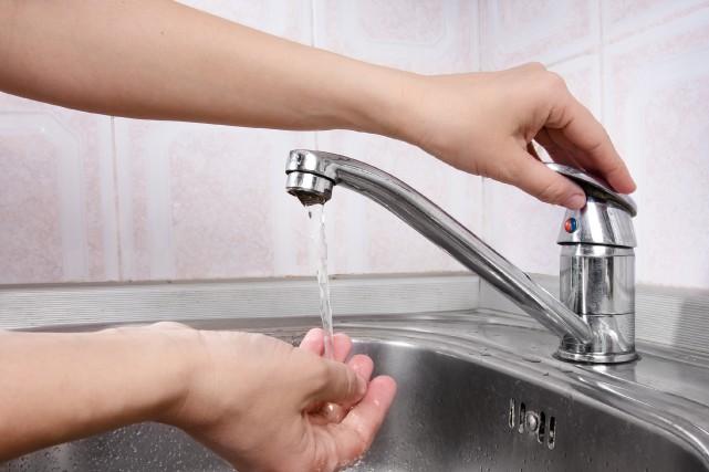 Les derniers règlements permettant d'amener l'eau potable dans le secteur de... (123RF)