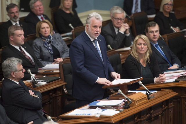 Le premier ministre Philippe Couillard croit que le... (La Presse canadienne, Jacques Boissinot)