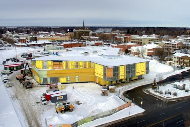 L'édifice abritant la nouvelle bibliothèque de Drummondville est... (Collaboration spéciale, Éric Beaupré)