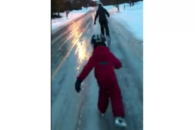 Sortie en patins matinale... (tirée d'une vidéo de Steve Maurice)
