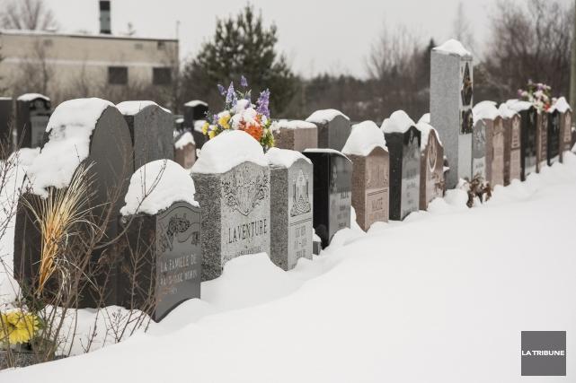 ÉDITORIAL / Le projet de cimetière musulman à Sherbrooke peut paraître inusité... (Archives, La Tribune)
