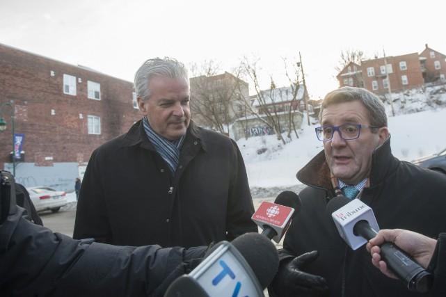 Le maire de Québec Régis Labeaume a arpenté... (Spectre Média, Julien Chamberland)