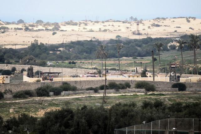 La frontière entre l'Égypte et le territoire palestinien... (Photo Said Khatib, Agence France-PResse)