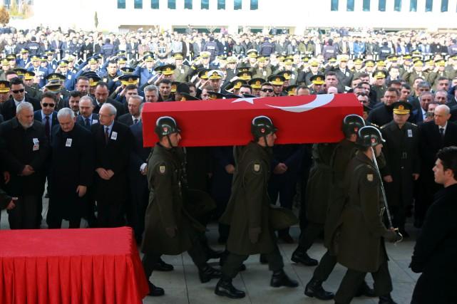 Les cinq soldats ont été tués dans la... (Photo Adem Altan, Agence France-Presse)