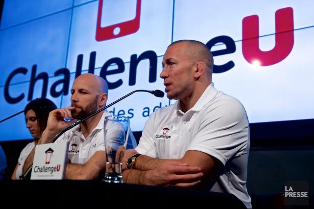 Georges St-Pierre (à droite) participait jeudi en compagnie... (Photo André Pichette, La Presse)