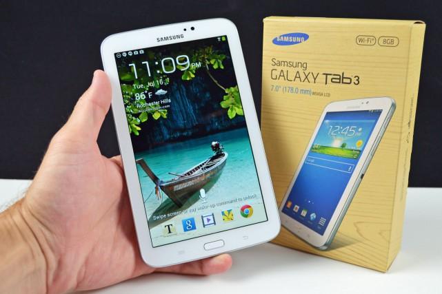Une tablette Samsung Galaxy TAB 3 7.0 comme... (IMAGE TIRÉE DE YOUTUBE)