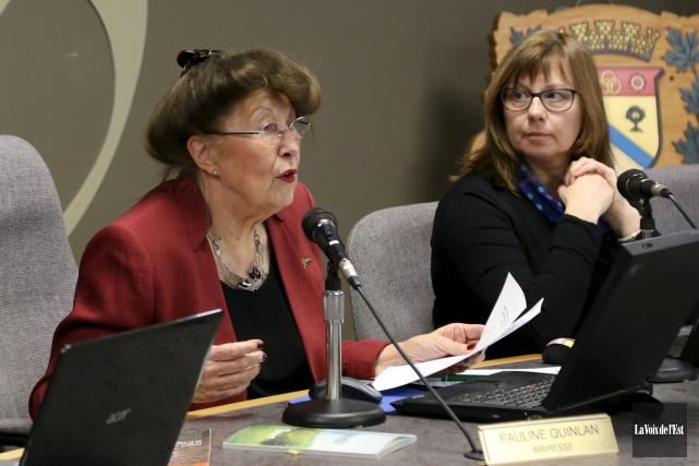 C'est avec fierté que la mairesse de Bromont,... (Janick Marois, La Voix de l'Est)