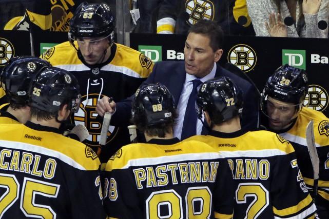 Le nouvel entraîneur des Bruins Bruce Cassidy... (Photo Elise Amendola, AP)