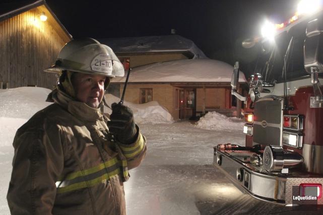 Les pompiers d'Hébertville, Hébertville-Station et Saint-Bruno ont été... (Photo Le Quotidien, Isabelle Tremblay)