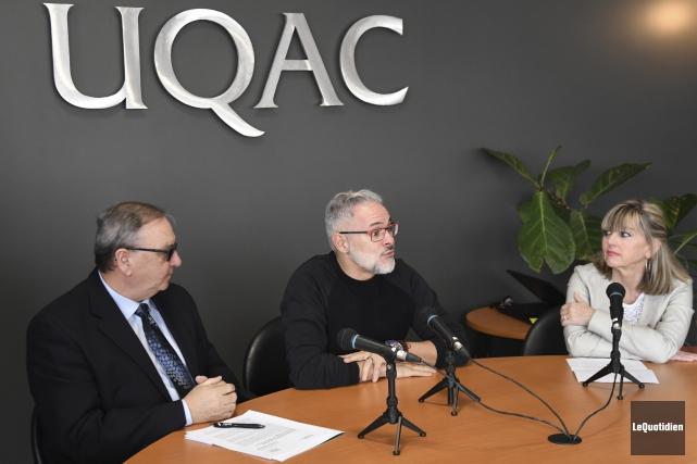 Rémi Tremblay (au centre) sera le premier conférencier... (Photo Le Quotidien, Michel Tremblay)