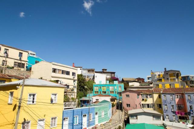 Valparaíso constitue un véritable terrain de jeu artistique.... (Photo Denis Wong, collaboration spéciale)