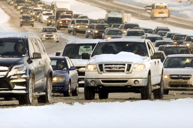 Un accident impliquant plusieurs véhicules s'est produit en milieu... (Martin Roy, Archives, Le Droit)