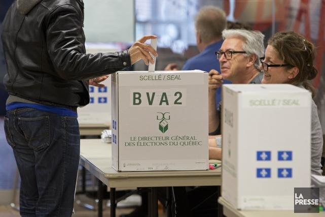 La refonte de la carte électorale donnerait naissance... (PHOTO ROBERT SKINNER, archives LA PRESSE)