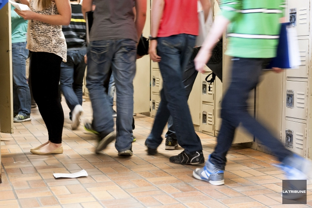 ÉDITORIAL / La lutte au décrochage scolaire est un combat de tous les jours et... (Archives, La Tribune)
