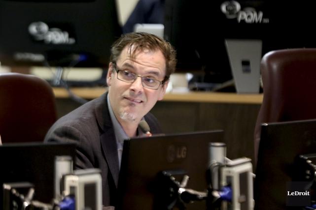 Le conseiller Martin Lajeunesse... (Patrick Woodbury, Archives Le Droit)