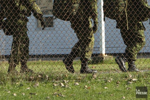 Un instructeur de l'École des recrues des Forces canadiennes à... (Photo Martin Chamberland, archives La Presse)