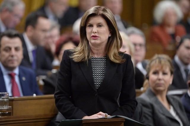 Rona Ambrose, chef par intérim du PCC.... (Archives, La Presse canadienne)