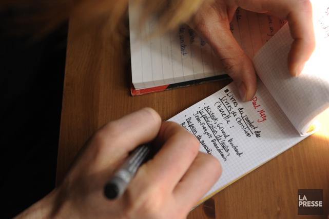 Pour être encore plus efficaces, certains voyageurs n'hésitent... (Photo Bernard Brault, archives La Presse)