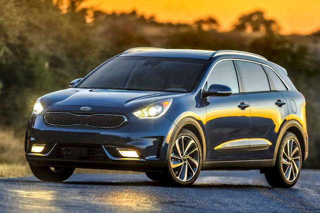 kia niro 2017 le nouveau visage de l 39 hybride ric lefran ois automobile. Black Bedroom Furniture Sets. Home Design Ideas