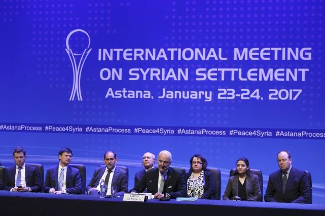 Des participants aux pourparlers d'Astana, en janvier dernier.... (Photo Mukhtar Kholdorbekov, archives Reuters)