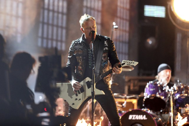 James Hetfield et Metallica ont offert une prestation... (AP, Matt Sayles)