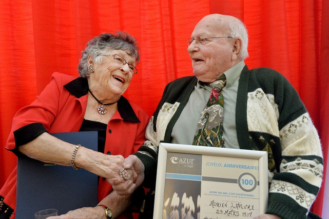 Simone Boily, 96 ans, et Adrien Laplume, 99... (Spectre Média, Maxime Picard)