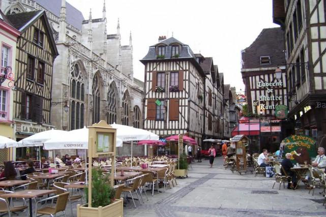 Troyes a la réputationd'être l'une des plus belles... (Photo David Santerre, La Presse)