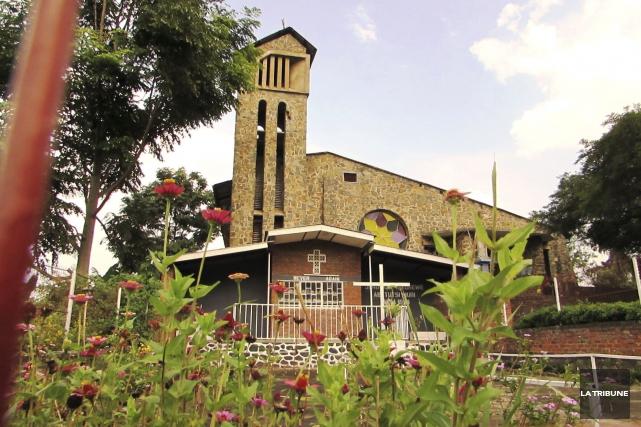 À Kibuye, l'église Saint-Pierre a été témoin du... (La Tribune, Jonathan Custeau)