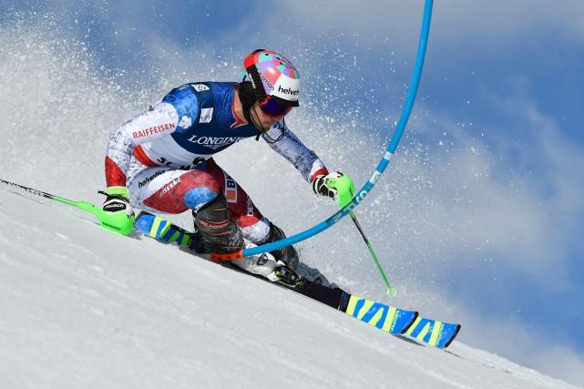Luca Aerni a profité d'une piste en parfait... (AFP, Fabrice Coffrini)