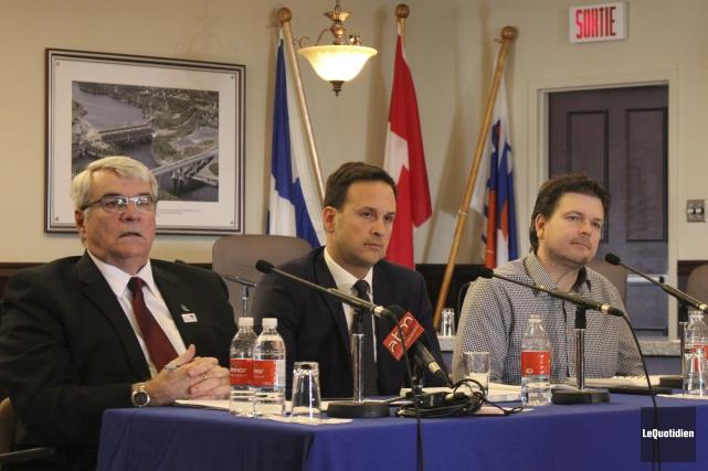 Le maire d'Alma, Marc Asselin, le député péquiste... (Photo Le Quotidien, Isabelle Tremblay)