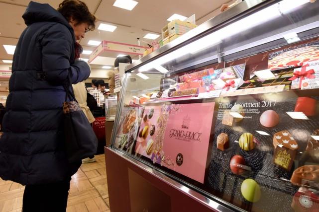La Saint-Valentin devrait rapporter plus d'un milliard d'euros aux confiseurs... (PHOTO AFP)