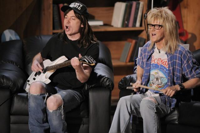 Mike Myers et Dana Carvey dans une scène... (PHOTO ARCHIVES AP)