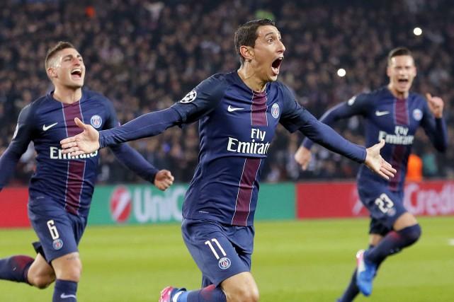 Angel Di Maria (au centre) a marqué deux... (Photo François Mori, AP)