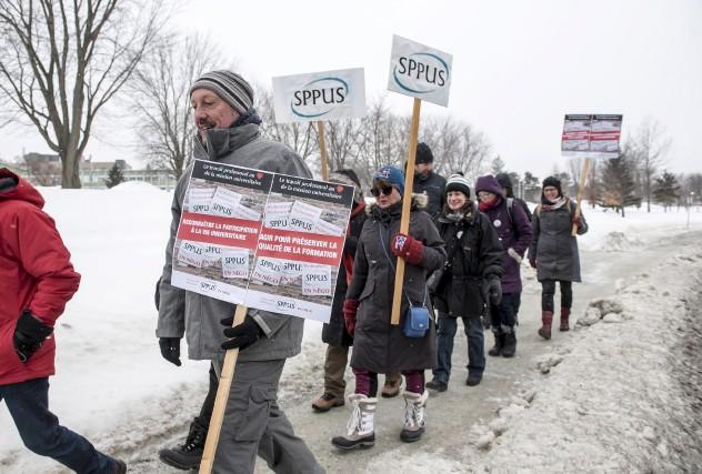 Les professeurs du SPPUS en grève obtiendront le... (Spectre Média, Jessica Garneau)