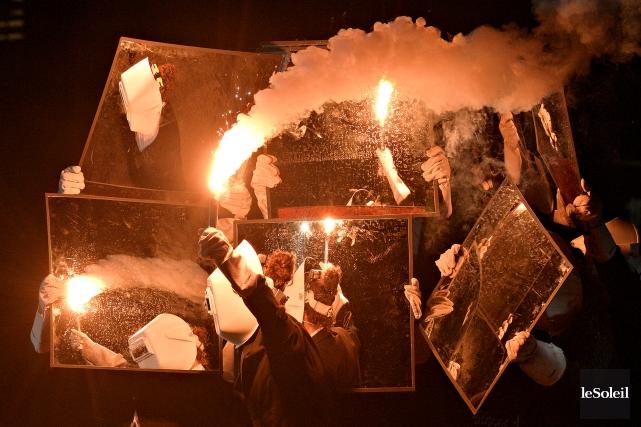 Le Cirque Flip Fabrique participera au spectacle Ensemble.... (Le Soleil, Pascal Ratthé)