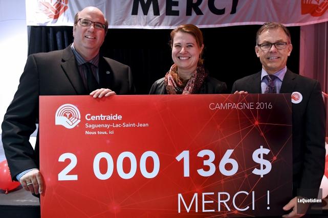 Martin Saint-Pierre, directeur général de Centraide Saguenay-Lac-Saint-Jean, Marie-Karlynn... (Photo Le Quotidien, Rocket Lavoie)