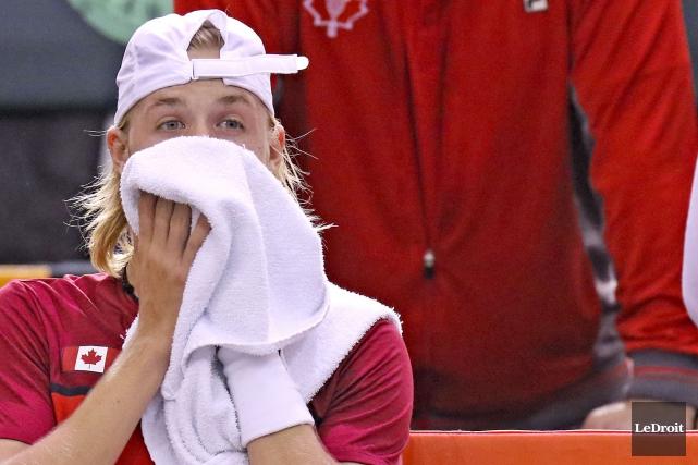 Denis Shapovalov, l'étoile montante du tennis canadien, a... (PATRICK WOODBURY, Archives Le Droit)