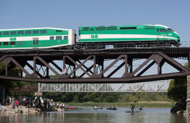 Dans son budget de 2015, le gouvernement de l'Ontario... (PHOTO MARK BLINCH, ARCHIVES LA PRESSE CANADIENNE)