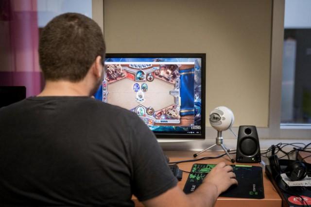 L'incursion du jeu vidéo dans le sport scolaire... (Photo Marco Campanozzi, Archives La Presse)