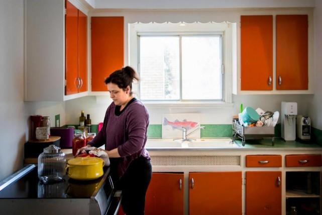 La chef Marie-Fleur St-Pierre... (Photo Marco Campanozzi, La Presse)