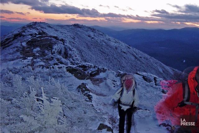 Sur cette photo d'archives, des randonneurs au mont... (Marie Tison, archives La Presse)