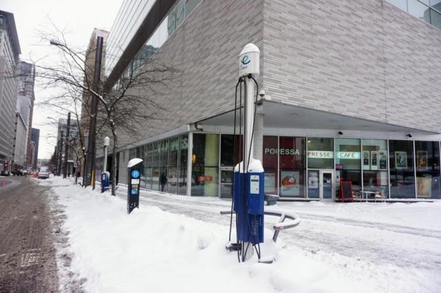 Montréal souhaite se doter d'un réseau de 1000bornes... (Photo Martin Chamberland, La Presse)