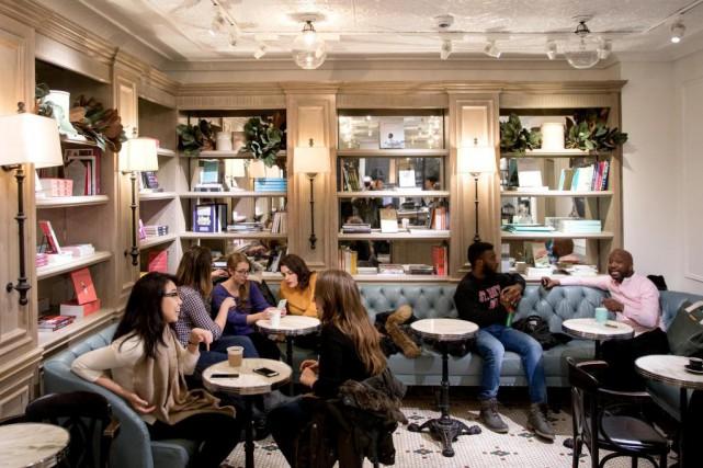Le café Myriade se situe ausous-sol de la... (PHOTO MARCO CAMPANOZZI, LA PRESSE)