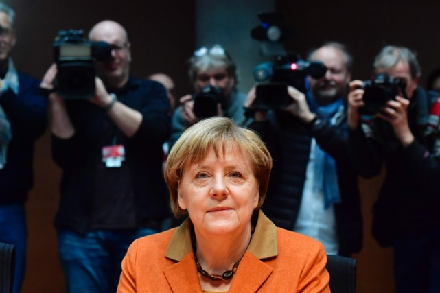 Angela Merkel estime qu'il y a eu au... (PHOTO AFP)