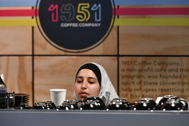 1951 Coffee Company n'emploie que des réfugiés venus... (PHOTO AFP)