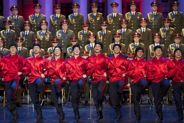 Les Choeurs de l'Armée rouge, décimés par un accident d'avion en décembre, ont... (PHOTO AP)