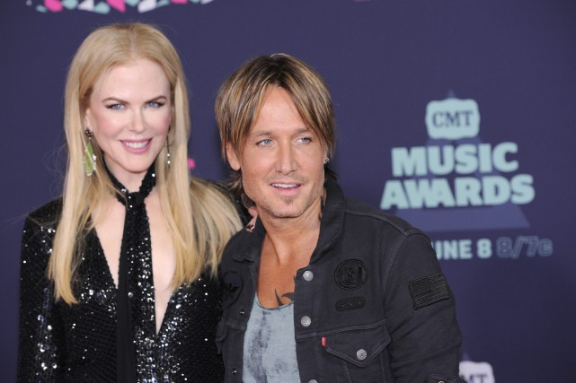 Nicole Kidman, et son mari, le musicien Keith... (Photo Sanford Myers, AP)