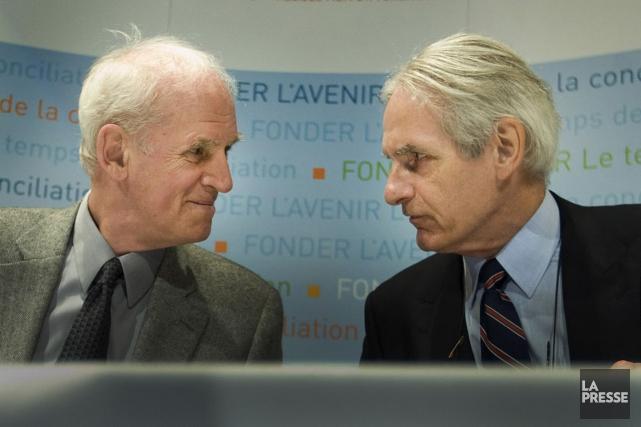 Charles Taylor et Gérard Bouchard... (Photo Ivanoh Demers, archives La Presse)