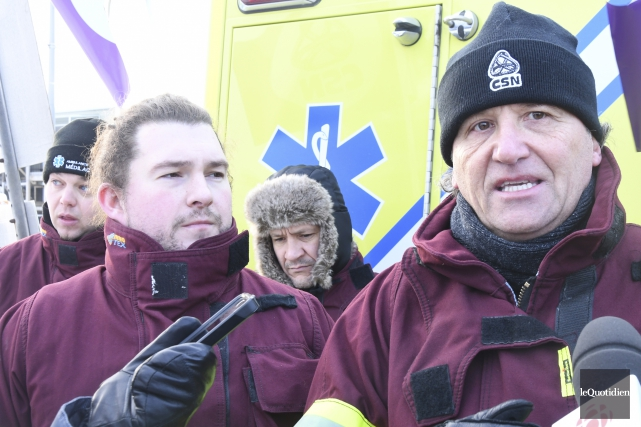 Martin Harvey, président du Syndicat des paramédics du... (Photo Le Quotidien, Michel Tremblay)