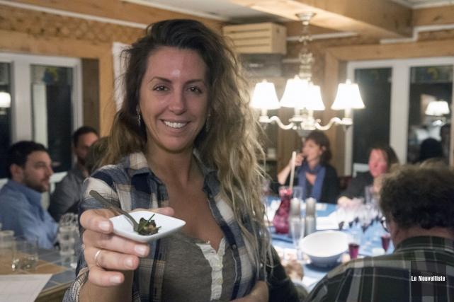 Élisanne Landry a organisé une dégustation d'escargots dans... (Stéphane Lessard, Le Nouvelliste)